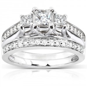 White Gold 4/5ct TDW Diamond Bridal Ring Set - Handcrafted By Name My Rings™
